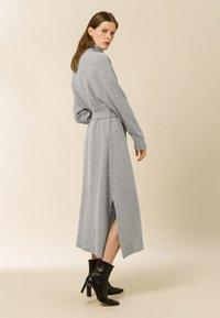 IVY & OAK - ROSE KAMELA  - Maxi dress - oyster grey melange - 3