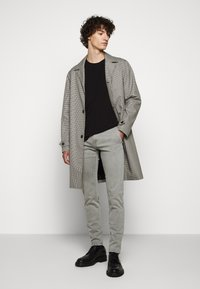 JOOP! Jeans - STEEN - Spodnie materiałowe - beige - 1