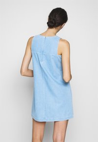Neuw - KATE DRESS - Denim dress - vintage blue - 2