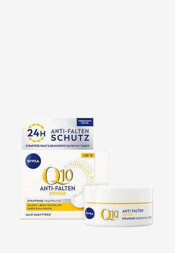 Q10 DAY CREAM SPF15 - Face cream - -