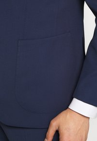 Michael Kors - SLIM FIT SUIT - Suit - navy - 7