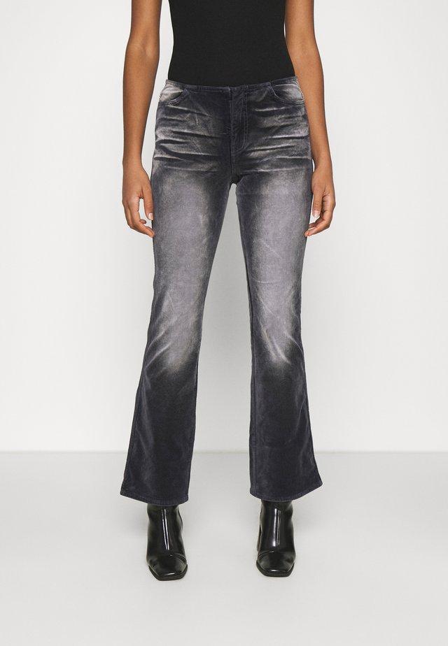 RAIA ACID TROUSER - Pantaloni - black/grey