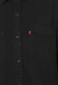 Levi's® - REMI UTILITY - Skjorta - black rose - 2