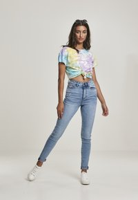 Urban Classics - Print T-shirt - pastel - 1