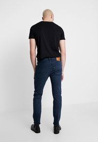 Levi's® - 501® SLIM TAPER - Jean slim - key west sand - 2