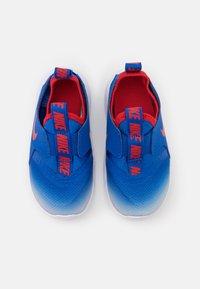 Nike Performance - FLEX RUNNER UNISEX - Scarpe running neutre - game royal/university red/photon dust/white - 3
