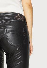 Herrlicher - TOUCH - Trousers - black - 4