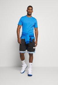 Puma - HOOPS TEE - Print T-shirt - palace blue - 1
