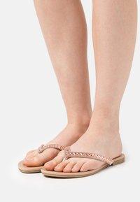 Head over Heels by Dune - LUCCII - tåsandaler - rose gold - 0