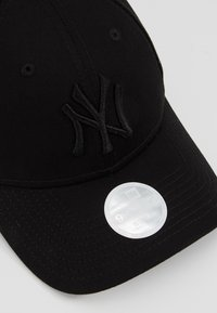 New Era - FEMALE LEAGUE ESSENTIAL - Cap - black - 5