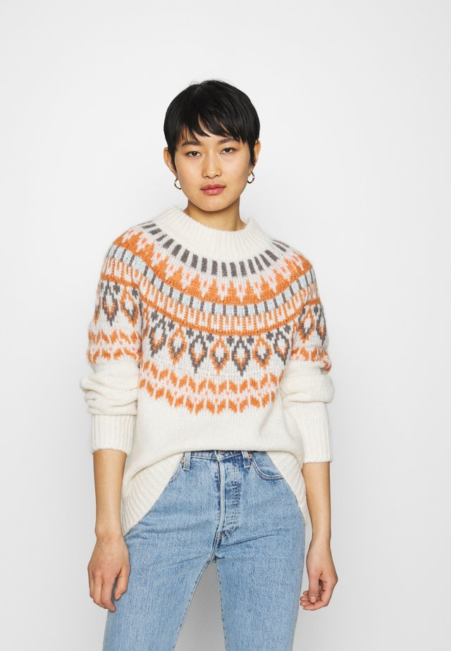 YOKE FAIRISLE MOCKNECK - Jumper - heather frost