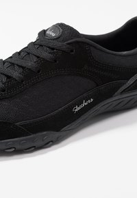 Skechers - BREATHE EASY - Trainers - black - 2