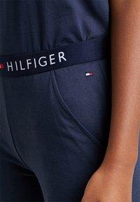 Tommy Hilfiger - ORIGINAL CUFFED PANT - Pyjama bottoms - navy blazer - 4