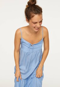 OYSHO - Maxi dress - light blue - 3