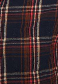 Jack & Jones PREMIUM - JPRBLUMIKE CHECK - Skjorta - dress blues - 2