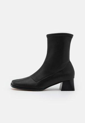 VEGAN GEMMA - Classic ankle boots - black