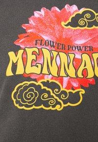 Mennace - SUNDAZE FLOWER CLOUD REGULAR HOODIE - Sweatshirt - dark grey - 2