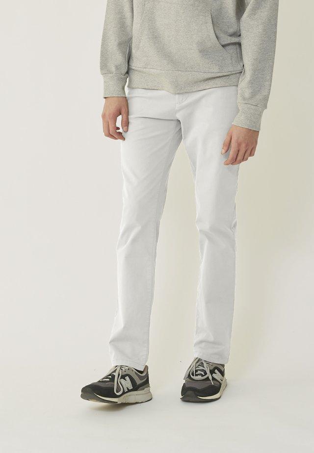 Chino - off-white