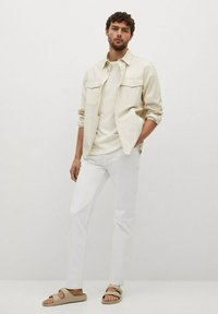 Mango - JAN - Slim fit jeans - blanco - 1