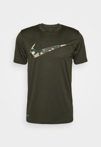 Nike Performance - DRY TEE CAMO - Print T-shirt - sequoia - 3