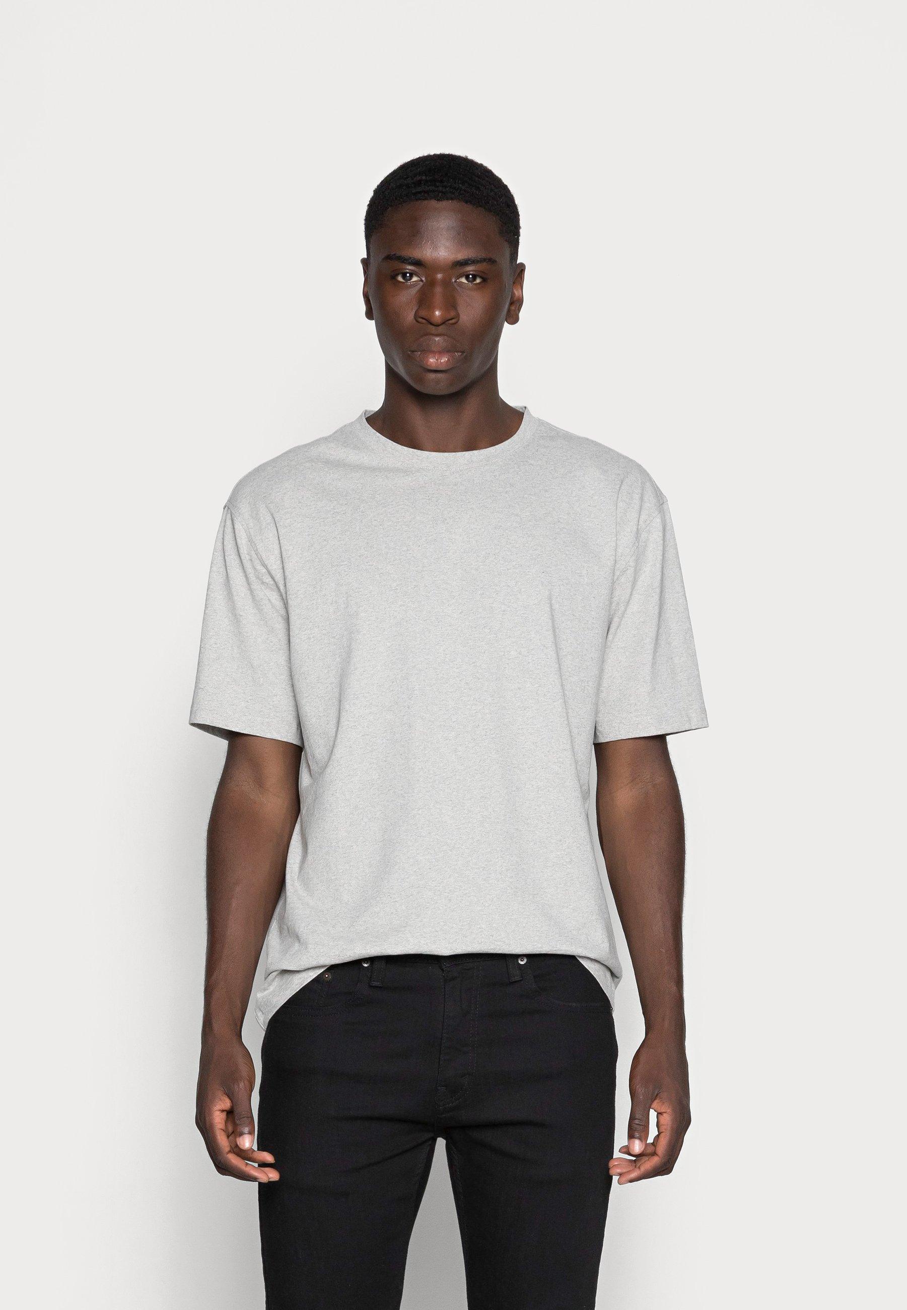 Men ESSENTIAL OVERSIZED CREW NECK - Basic T-shirt
