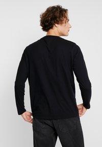 Ellesse - GRAZIE - Camiseta de manga larga - black - 2