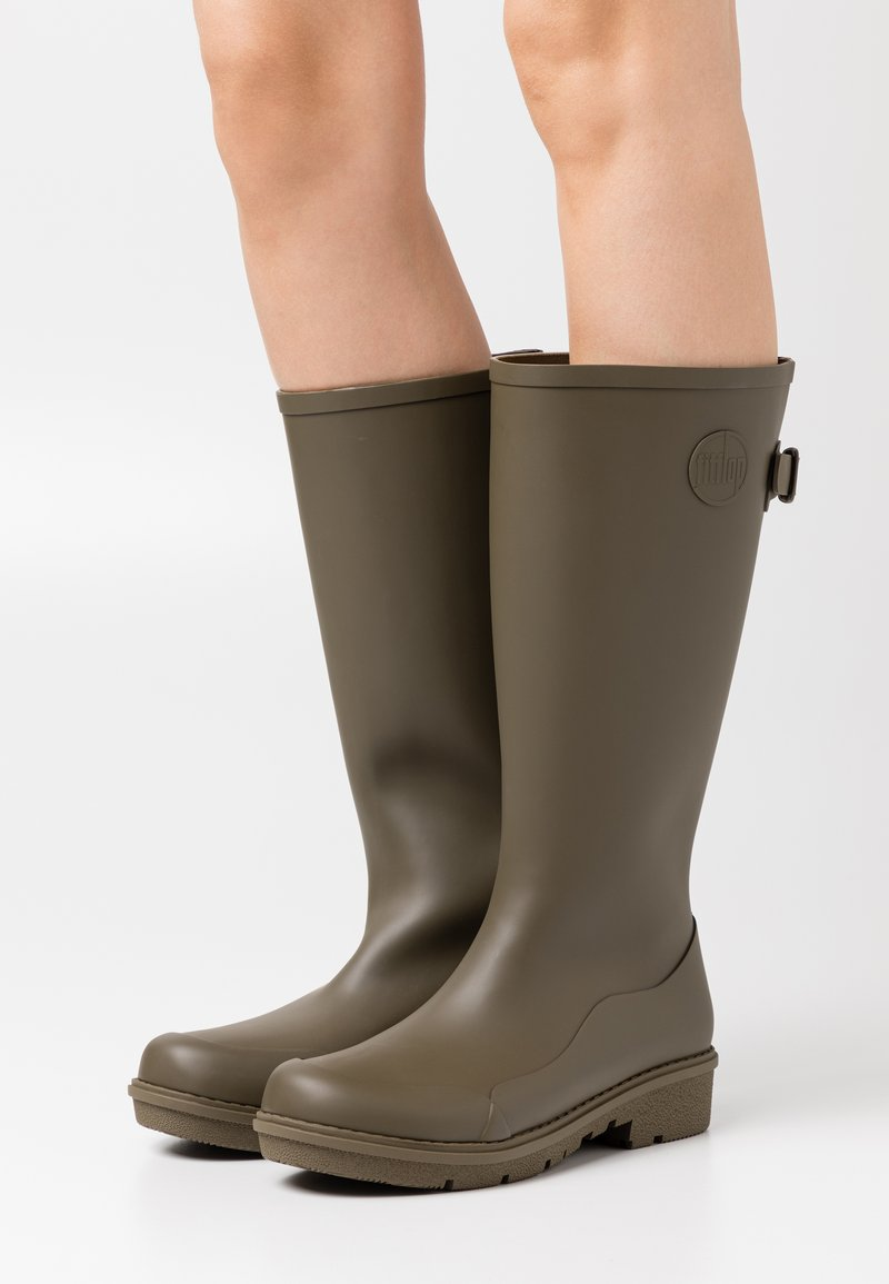 FitFlop - WONDERWELLY - Botas de agua - military green