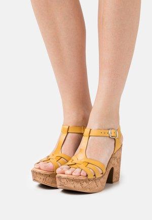KAROLA - Platform sandals - yellow