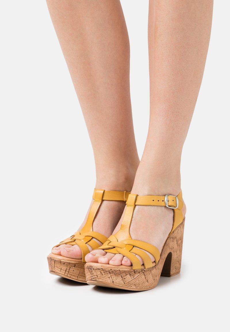 Musse & Cloud - KAROLA - Korkeakorkoiset sandaalit - yellow