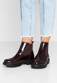 Vero Moda - VMGLORIAFEA - Ankle boots - zinfandel - 0