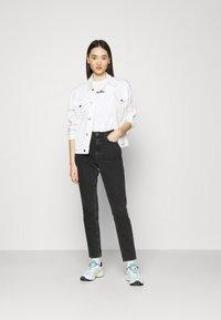 Ellesse - MIYANA - Camiseta estampada - white-smu - 1