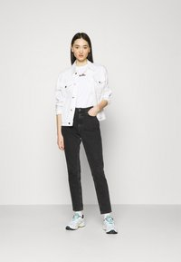 Ellesse - MIYANA - T-shirts basic - white-smu - 1
