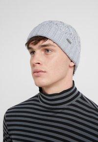 Michael Kors - CABLE CUFF HAT - Berretto - heather grey - 1