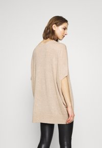 Vero Moda - Basic T-shirt - birch melange