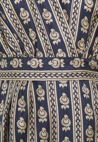 sandro - Day dress - beige/bleu - 8