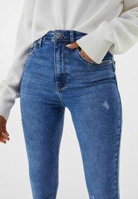 Bershka - SUPER HIGH WAIST - Jeans Skinny Fit - dark blue - 3