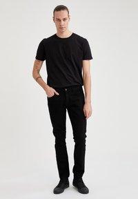 DeFacto - Slim fit -farkut - black - 1