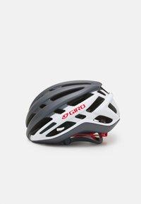 Giro - AGILIS UNISEX - Helm - matte portaro grey/white/red - 2