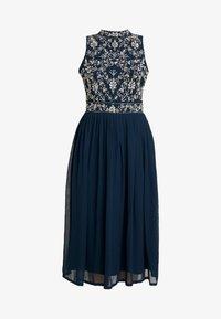 Lace & Beads Petite - ARNELLE DRESS - Robe de soirée - navy - 6