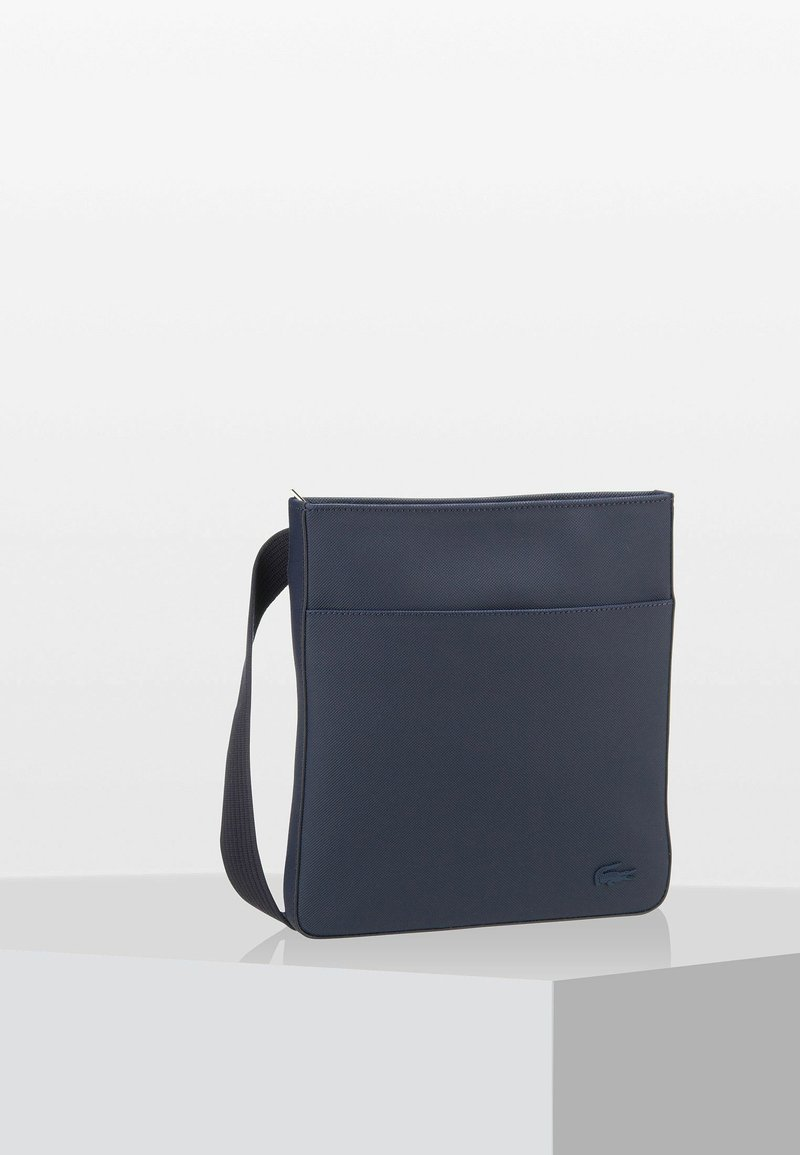 Lacoste - FLAT CROSSOVER BAG - Sac bandoulière - dark blue