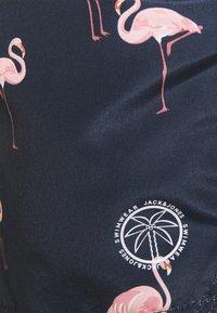 Jack & Jones - JJIBALI JJSWIM SAFARI - Plavky - navy blazer - 5