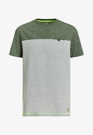 T-shirts print - green