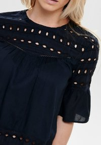 ONLY - ONLIRINA ANGLAISE - Blouse - insignia blue - 4