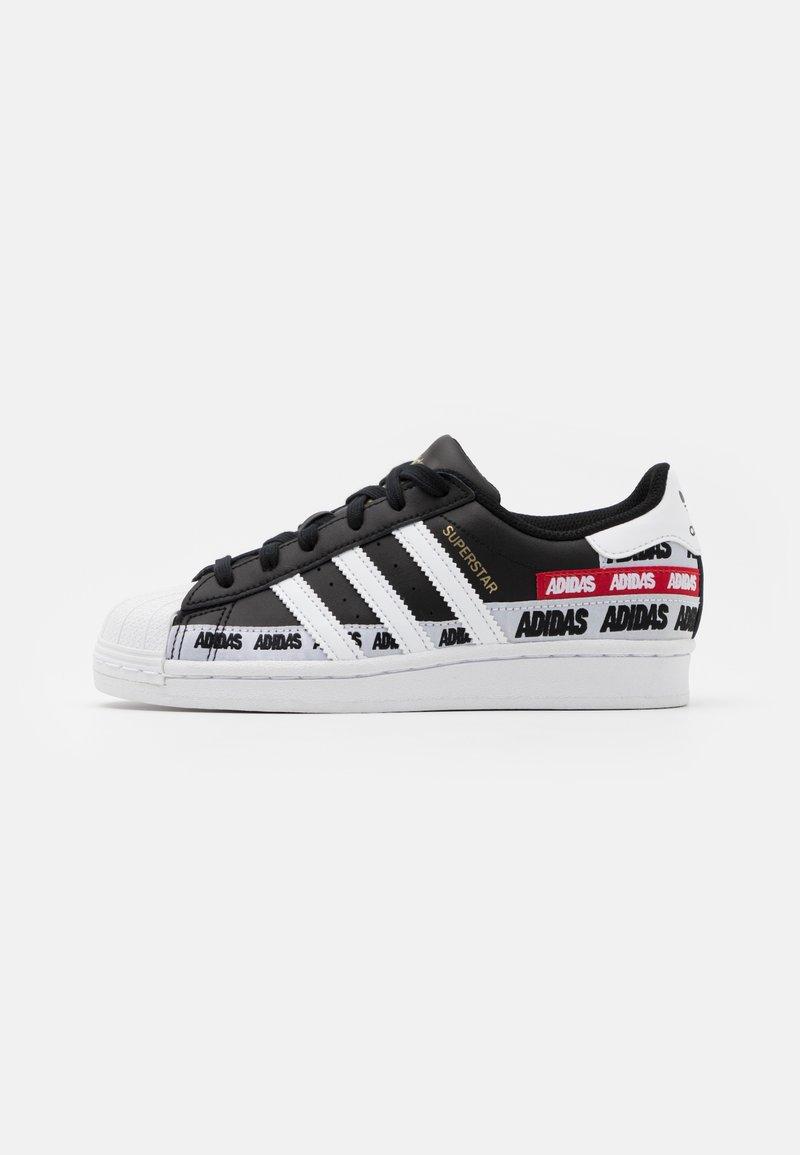 adidas Originals - SUPERSTAR UNISEX - Trainers - core black/footwear white/gold metallic