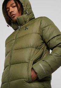 Calvin Klein Jeans - MONOGRAM PADDED JACKET - Winter jacket - grape leaf - 4