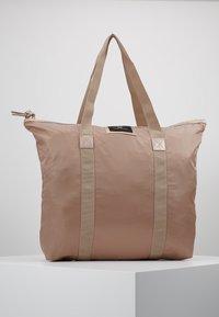 DAY Birger et Mikkelsen - GWENETH TONE BAG - Shoppingveske - stucco - 0