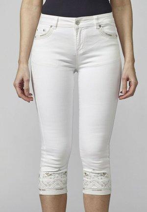 PIRATA - Shorts vaqueros - blanco