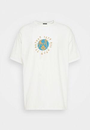 STRONGER TEE UNISEX  - Print T-shirt - white