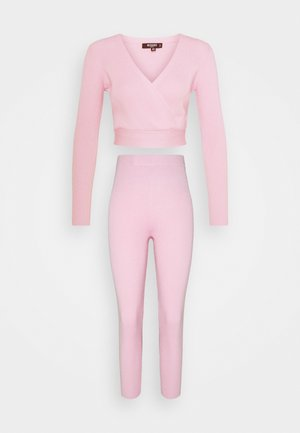 WRAP FRONT LONG SLEEVE AND LEGGING SET - Pullover - pink