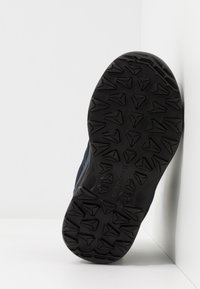 Lowa - INNOX PRO GTX MID JUNIOR UNISEX - Hiking shoes - stahlblau/limone - 5